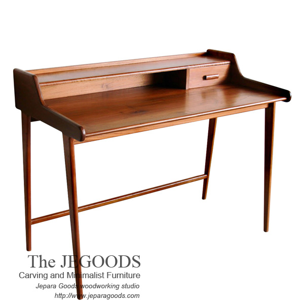 jengki old study desk,teak writing desk vintage,danish writing desk,meja belajar retro vintage,model meja belajar scandinavia,furniture scandinavian design ideas,meja belajar retro jengki,teak jepara retro scandinavia,meja kerja retro vintage,jepara retro vintage furniture,meja kerja model retro minimalis,meja kerja retro vintage kayu jati,produsen mebel retro vintage jepara,model meja belajar jengki writing desk retro vintage