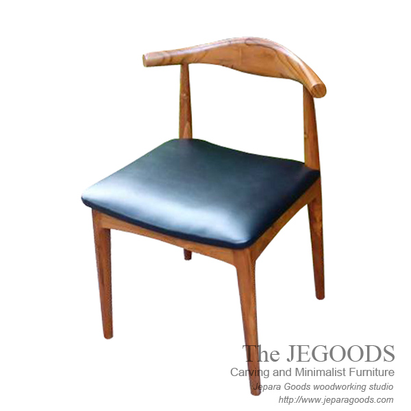 kursi elbow hans wegner,replica kursi elbow,produsen kursi elbow retro,kursi elbow jati,kursi cafe elbow retro,elbow retro chair,produsen kursi cafe jepara,kursi jengki,kursi retro scandinavia,model kursi jengki vintage,vintage retro chair,danish chair design,scandinavia teak elbow chair,jepara scandinavian chair,kursi jati retro jepara,teak manufacturer jepara indonesia,elbow chair kursi retro cafe jepara,kursi bistro model retro,kursi restoran jati jepara,kursi cafe bistro model retro vintage